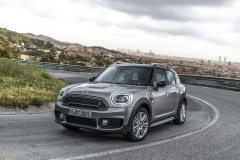 MINI COUNTRYMAN (F60) 10