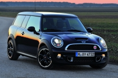 MINI CLUBMAN HAMPTON (R55) 09